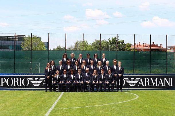 將時尚融入足球運動! Giorgio Armani 為義大利國家女子足球隊打造正裝!