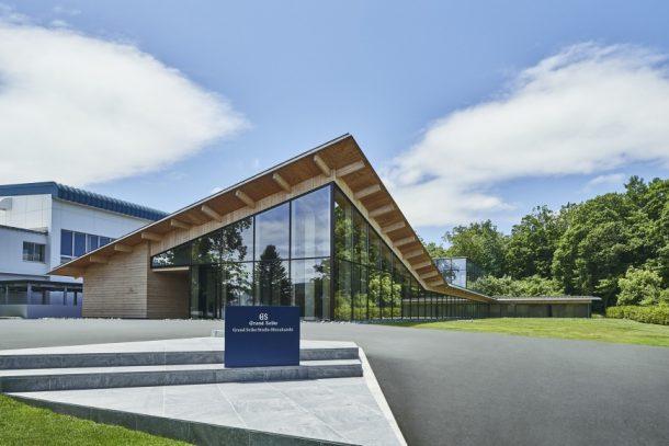 日本建築大師隈研吾為「Grand Seiko雫石高級時計工坊」量身打造專屬建築。