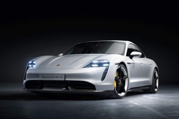 Porsche 首部電能車 Taycan 再度登場,全新版本 2021 Turbo S 全面「科技」升級!